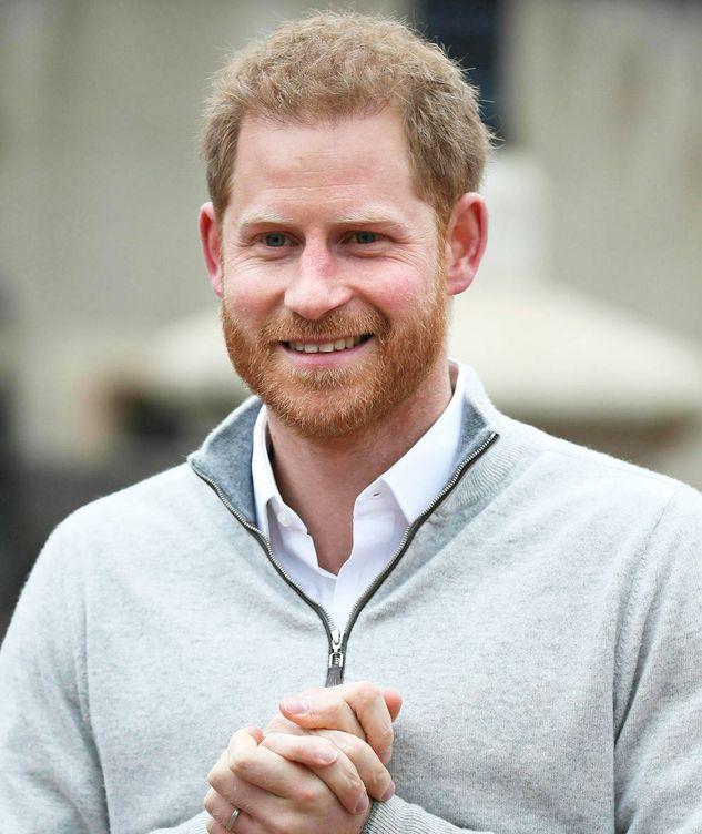 Foto: El príncipe Harry anunciando el nacimiento de su primer hijo. (Reuters)
