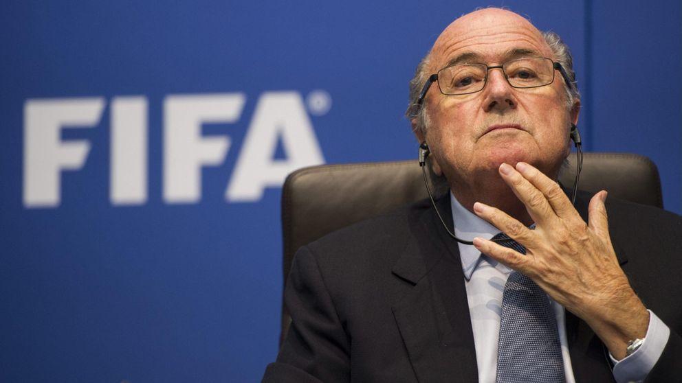 Blatter se lava las manos: No puedo controlarlos a todos
