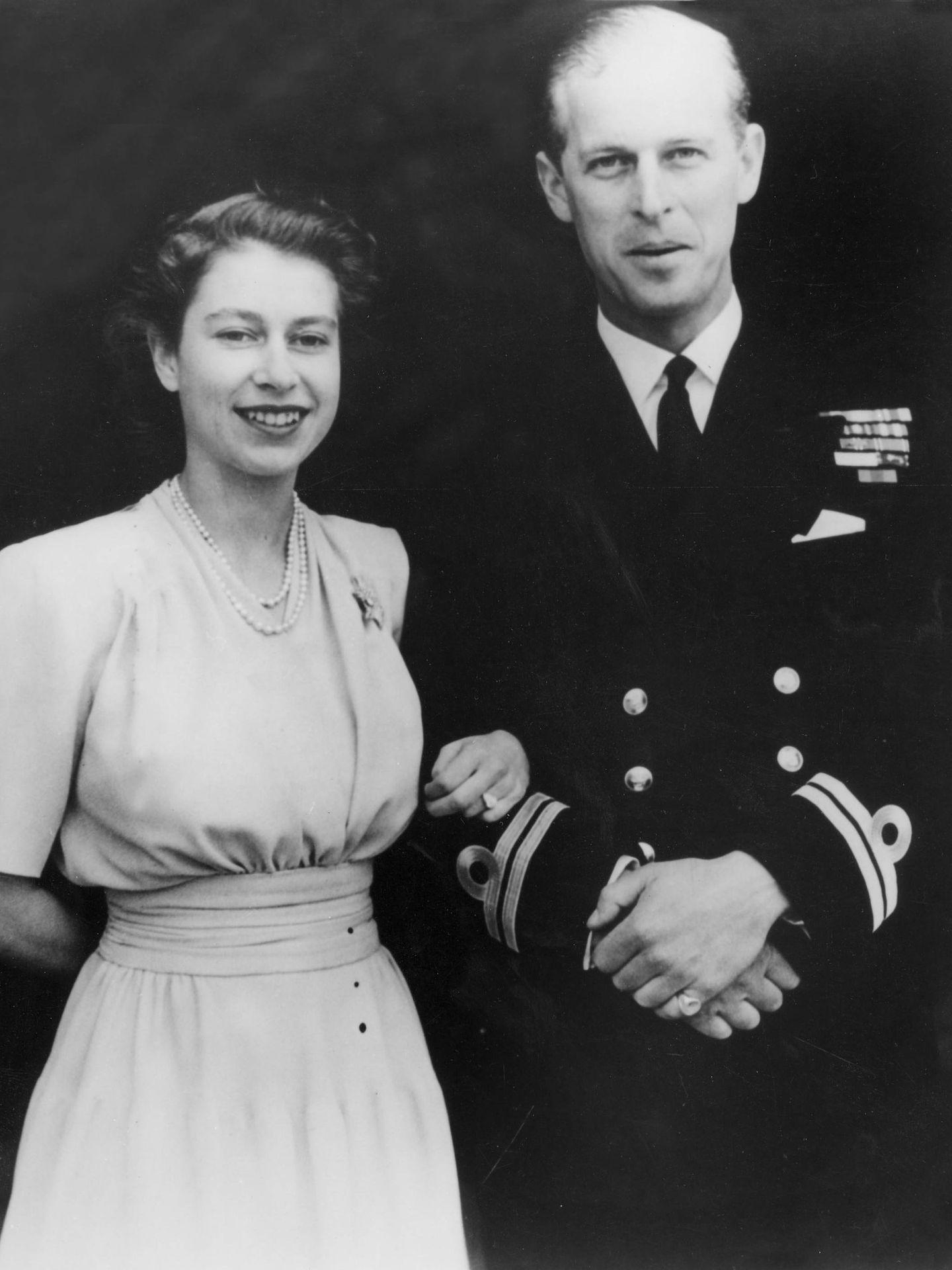 Isabel II y el duque de Edimburgo. (CP)