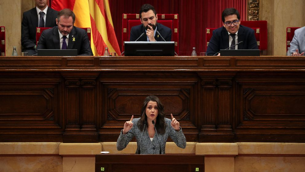 Arrimadas pide la unión de los partidos antisoberanistas ante la nueva etapa Torra