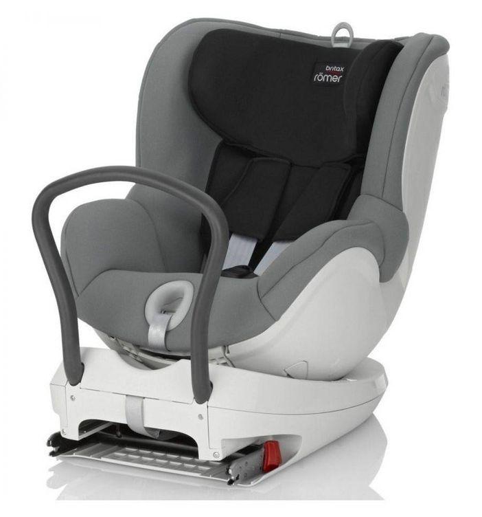 Retiran la silla de coche para beb s dualfix por problemas for Silla de seguridad coche