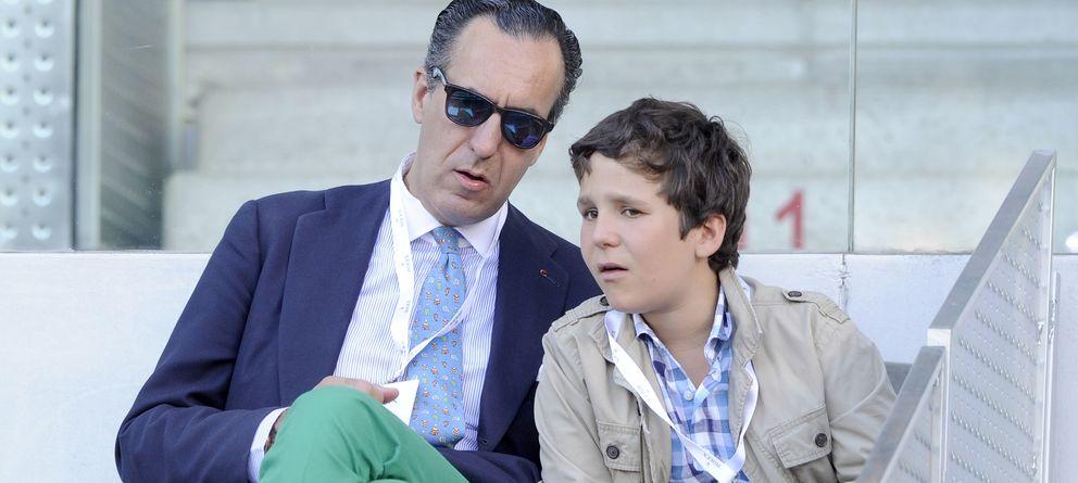 Foto: Jaime de Marichalar junto a su hijo Froilán en Madrid, en una imagen de archivo (Gtres)
