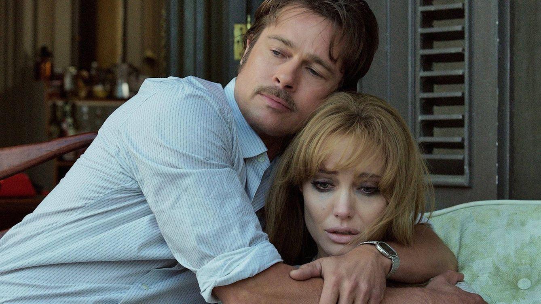 Foto: Brad Pitt y Angelina Jolie en una imagen de archivo de una película