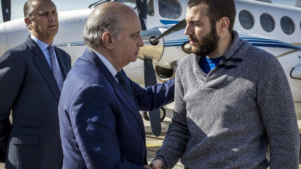 Fernández Díaz reconoce que Marruecos rechazó la ayuda