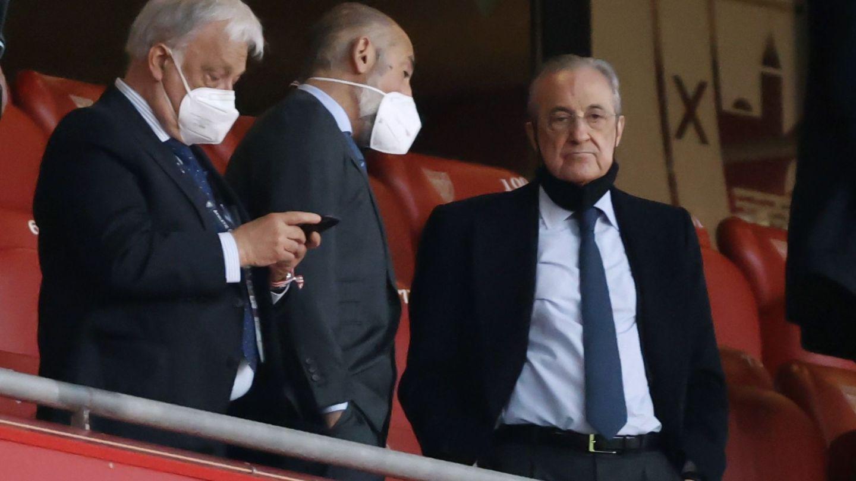 El Real Madrid y el Athletic son, junto al Barcelona y Osasuna, los equipos que fueron obligados a convertirse en SAD. (EFE)