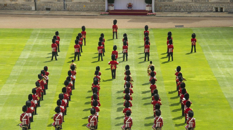 La celebración oficial del cumpleaños de la reina Isabel, el pasado junio. (EFE)