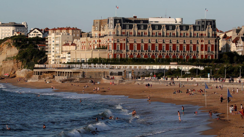Hotel du Palais, base de operaciones del G-7. (REUTERS)