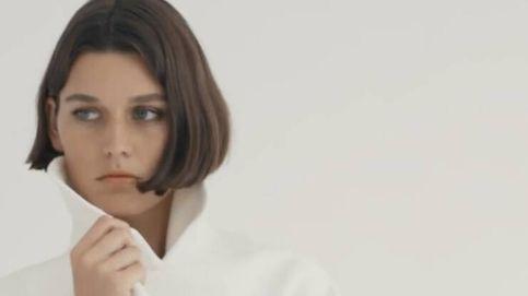 El look binomio de Massimo Dutti o cómo combinar un abrigo blanco con glamour