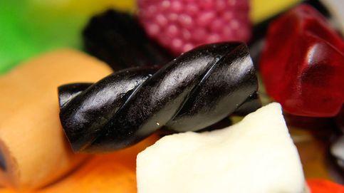 Un hombre muere por su adicción al regaliz negro: comía bolsa y media al día