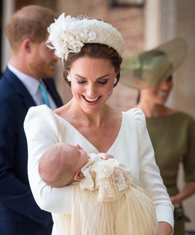 Foto: La duquesa de Cambridge con el pequeño Louis. (Reuters)