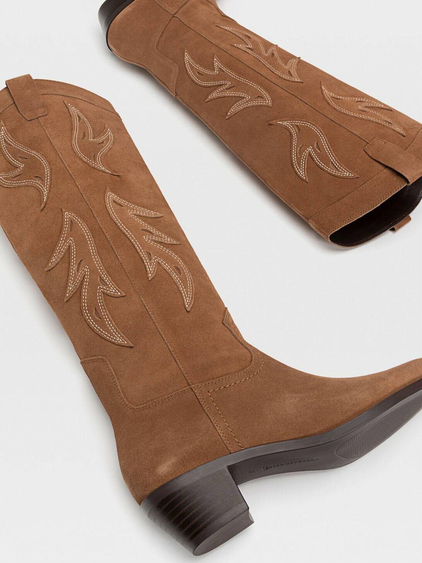 Botas cowboy de Stradivarius. (Cortesía)