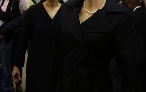 La princesa Corinna reaparece en el funeral de Mandela junto a Charlene de Mónaco