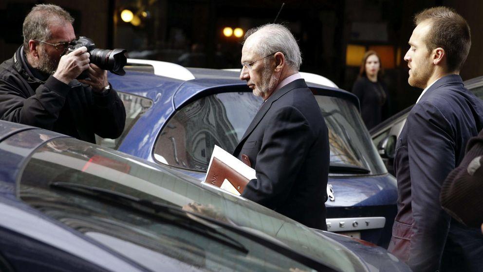 Una directiva de Bankia testifica que Rato ordenó amañar la publicidad