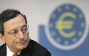 Draghi anticipa más crecimiento y menos inflación en 2014