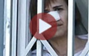 ¿Cómo se reconstruye la nariz de una mujer adicta a la cocaína?