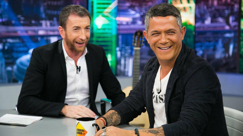 Alejandro Sanz con Pablo Motos en 'El Hormiguero'. (Antena 3)