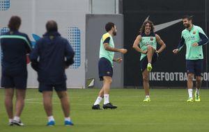 Puyol convence al 'Tata' en su primer examen tras siete meses de calvario