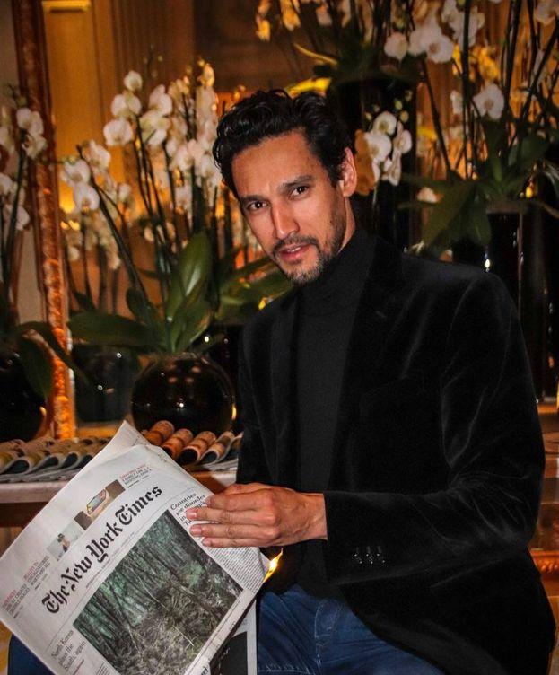 Foto: Stany Coppet, en el madrileño hotel Santo Mauro. (Foto: Antonio Rivera)