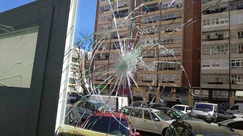 Cristales rotos en la sede de Podemos Fuencarral: Un ataque cobarde y fascista