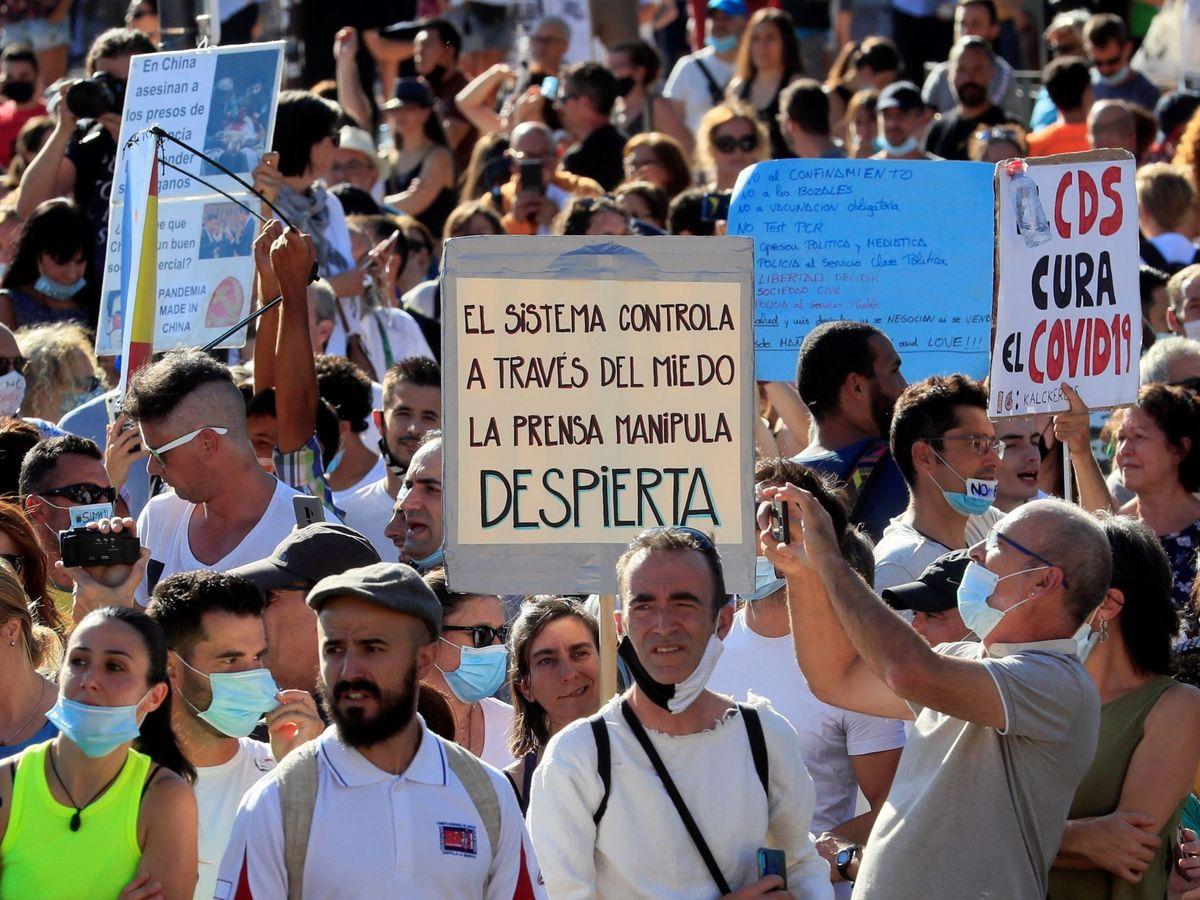 Foto: Manifestación contra el uso de mascarilla
