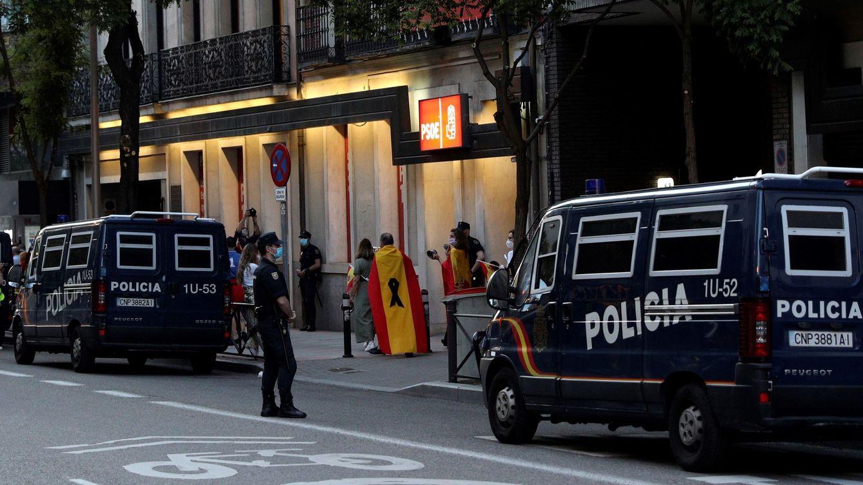 En libertad con cargos los dos detenidos por las protestas del viernes en Ferraz