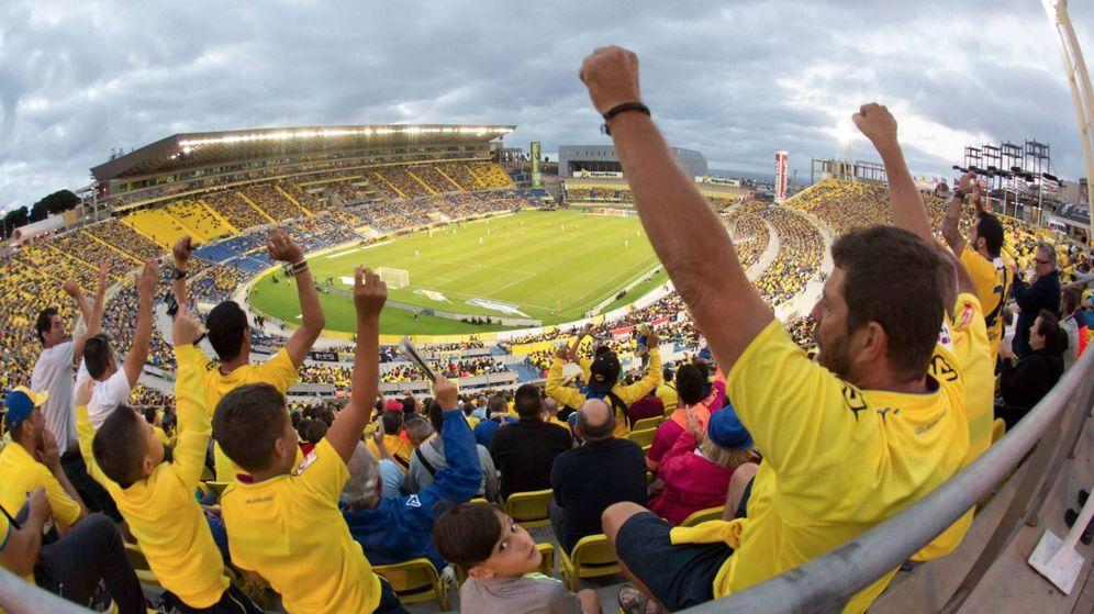 Foto: Imagen de la afición de la UD Las Palmas en el estadio de Gran Canaria. (@UDLP_Oficial)