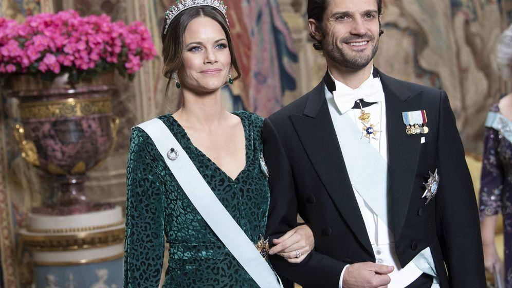 Foto: Carlos Felipe y Silvia de Suecia, en la cena de gala de este martes. (Cordon Press)
