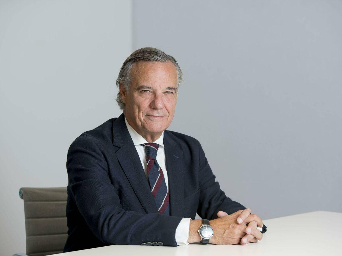 Foto: Claudio Ramos se incorpora a Herbert Smith Freehills en calidad de consultor
