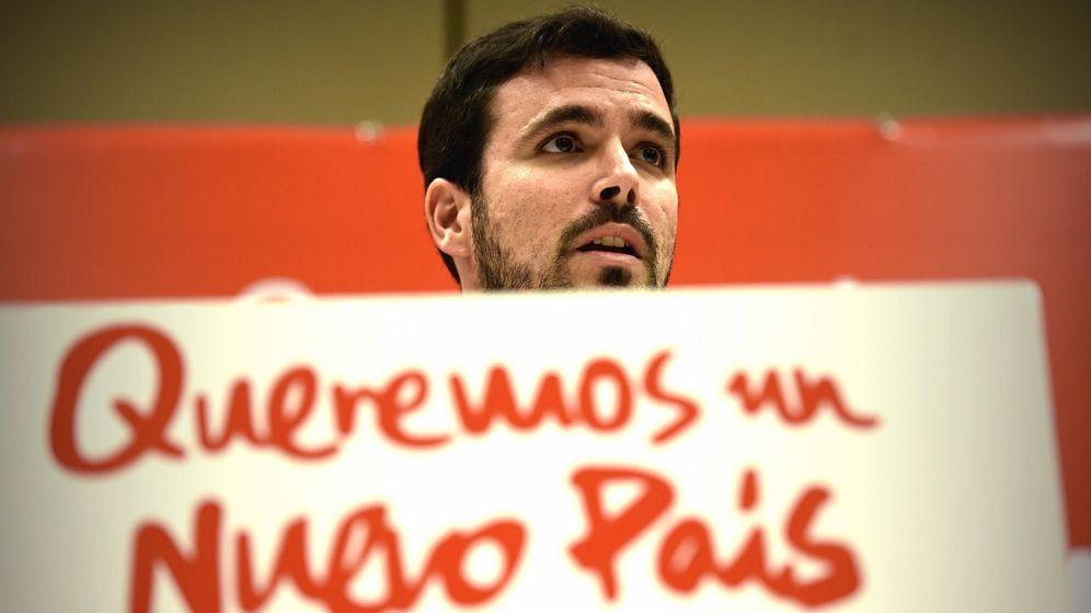 Foto: Alberto Garzón, presentando en la sede federal de IU su plan de lucha anticorrupción y de regeneración democrática, este pasado 24 de noviembre. (EFE)