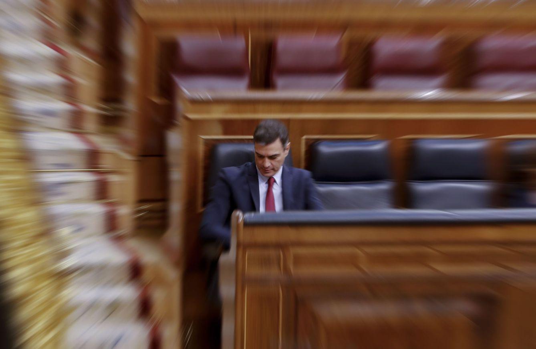Foto: Pedro Sánchez, durante la sesión de control al Gobierno, este 13 de mayo. (EFE)