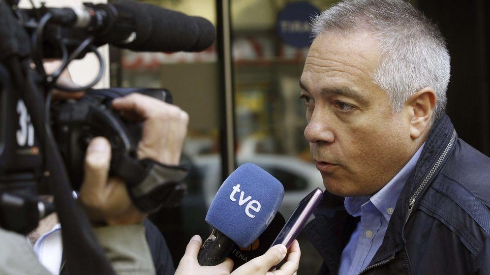 Foto: Pere Navarro, ex primer secretario del PSC, en declaraciones a los medios en septiembre de 2014. (EFE)