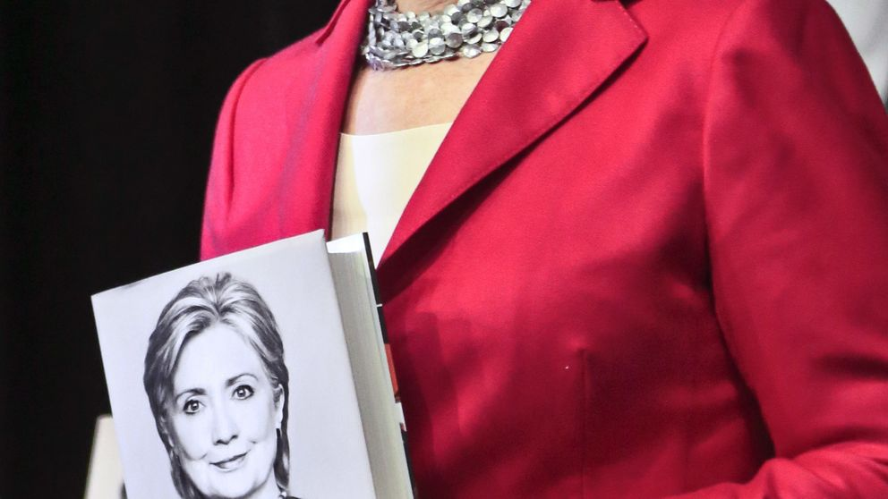 Hillary Clinton: Mi marido y yo estábamos en bancarrota