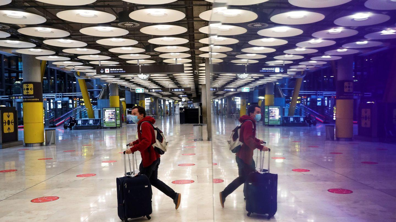 El aeropuerto de Madrid, casi desierto. (EFE)