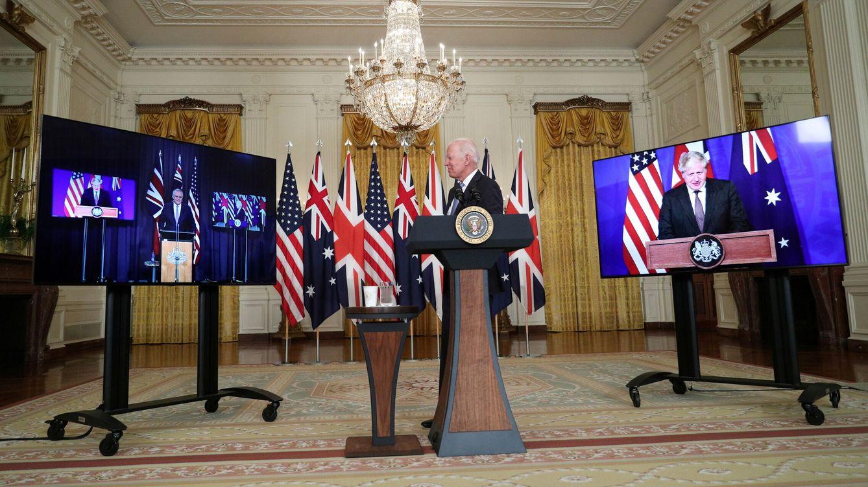 Foto: Joe Biden (c), el presidente de Australia, Scott Morrison (i), y el primer ministro británico, Boris Johnson. (Reuters)