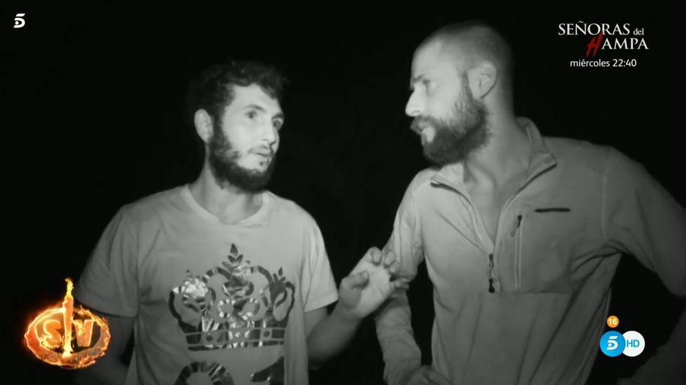 Foto: Omar Montes y Albert, en 'Supervivientes 2019'. (Telecinco)