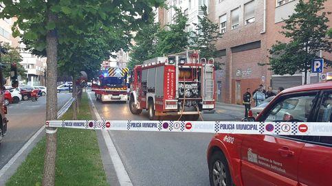 Hallan el cadáver de un hombre al acudir a apagar un fuego en un piso en Pamplona