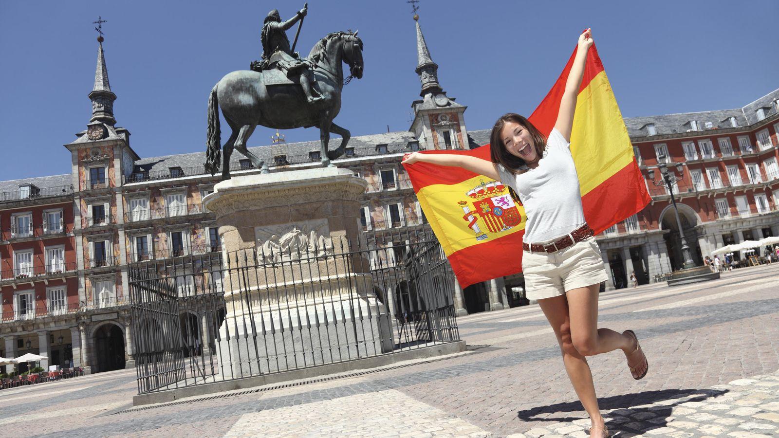 Foto: Los españoles ven con optimismo el futuro. (Corbis)