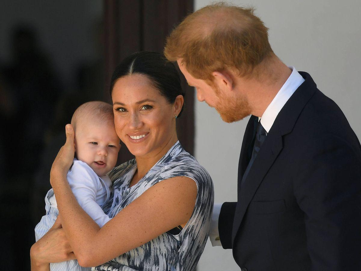 Foto:  Los duques de Sussex, con el pequeño Archie. (Getty)