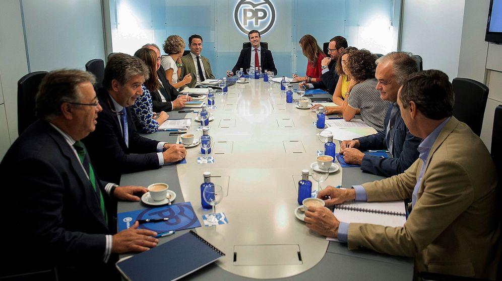 Foto: El presidente del PP, Pablo Casado, preside la reunión del comité de dirección de la formación. (EFE)
