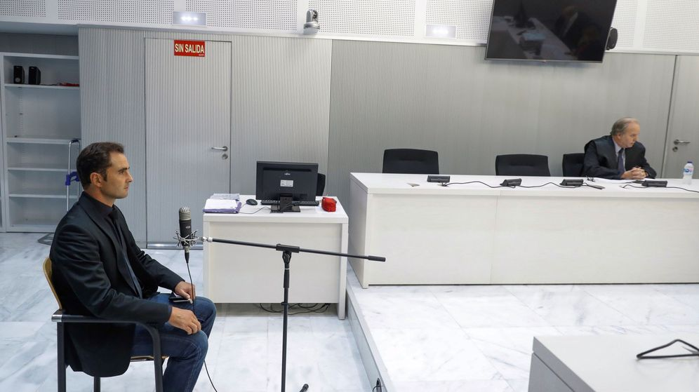 Foto: El exempleado del banco HSBC, Hervé Falciani, en la Audiencia Nacional. (EFE)