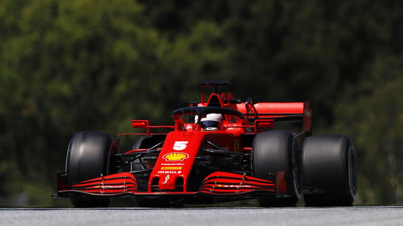 Foto: Ferrari parece haber dado carpetazo al actual ciclo ante los problemas estructurales que le impiden luchar por la victoria (EFE)
