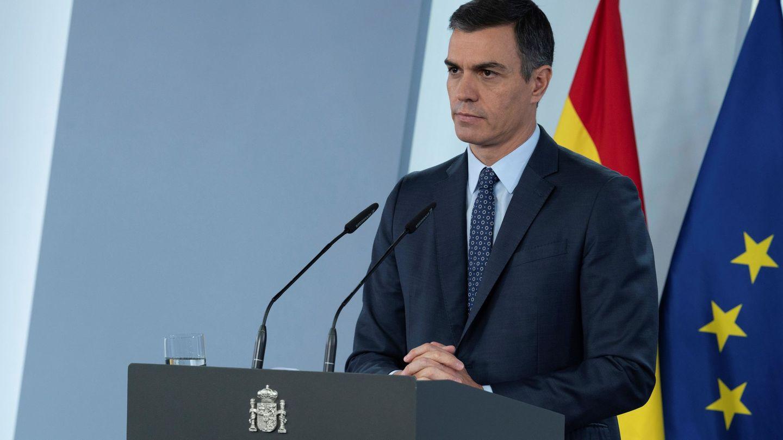 Declaración del estado de alarma por parte del presidente del Gobierno, Pedro Sánchez, ayer. (EFE)