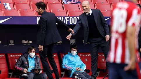 Simeone, con todo de cara, especuló hasta rescatar a un Real Madrid apático e indolente