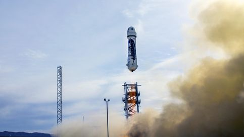 El cohete de Blue Origin bate a Elon Musk: aterriza verticalmente a la perfección