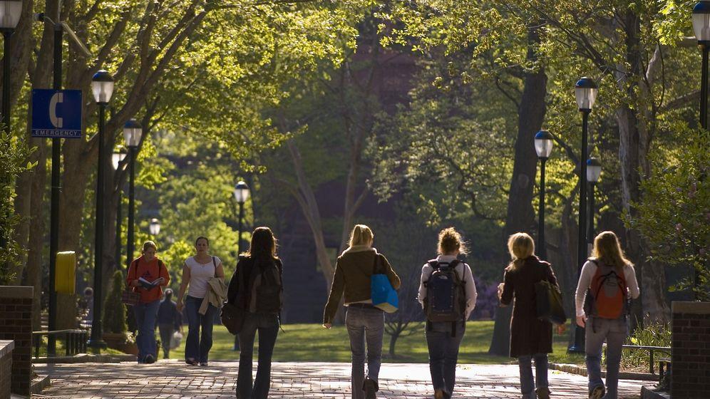 Foto: La Universidad de Pensilvania es uno de los centros que más recursos destinan a su personal directivo. (Bob Krist/Corbis)