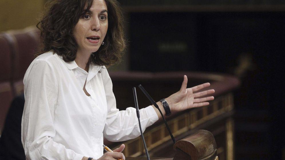 Foto: La diputada de UPyD Irene Lozano durante una intervención en el pleno en el Congreso de los Diputados. (EFE)