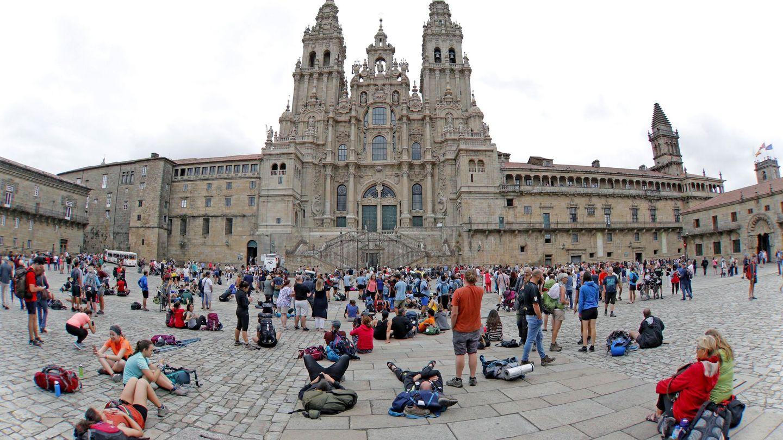 Vista de la Plaza del Obradoiro de Santiago de Compostela. (Efe)