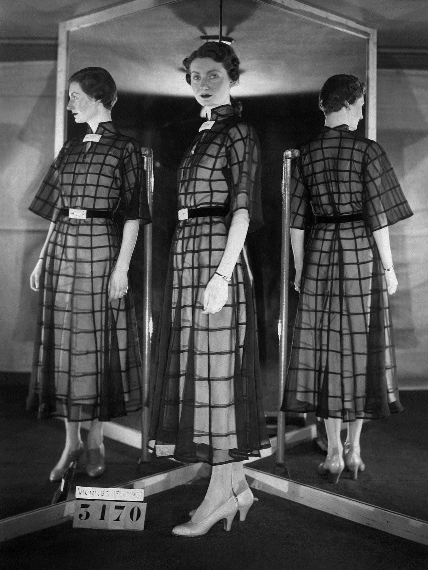 Los diseños de Madeleine Vionnet, revolucionaria de la moda de principios del siglo XX. (EFE)