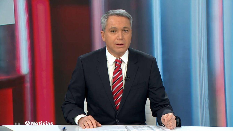 Vicente Vallés, viral tras desmontar la versión del Gobierno del IVA de las mascarillas: Sí estaba permitido