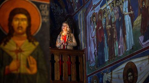 Los tiempos cambian y los iconos también y la pascua ortodoxa: el día en fotos
